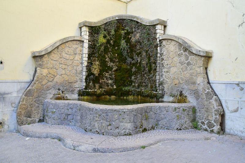 Fuente-de-la-Iglesia